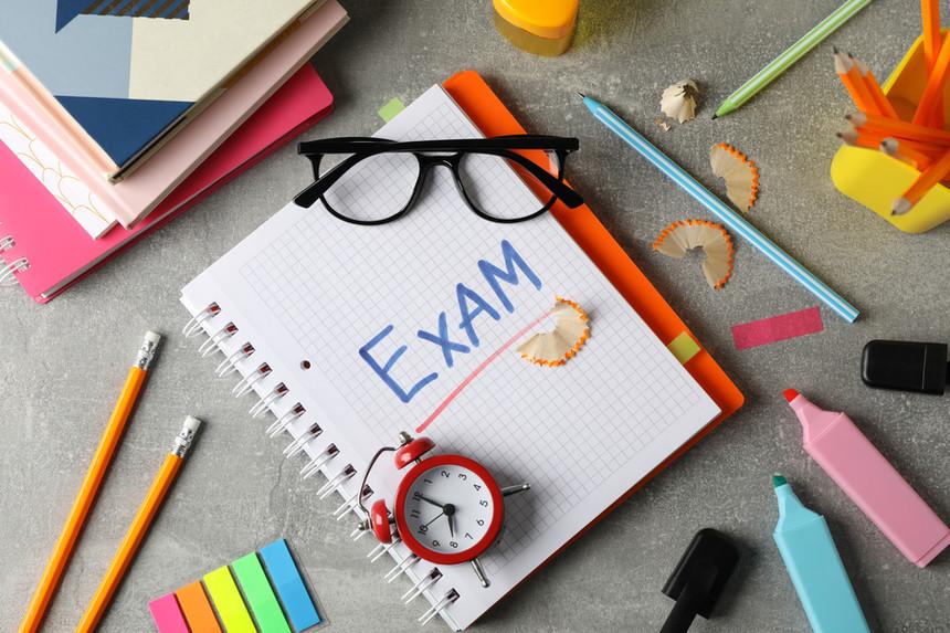 الاختبارات المدرسية
